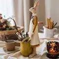 Acessórios de decoração para casa arte mr coelho segurando uma cesta amarela decoração estatueta sala estar ornamento presentes natal
