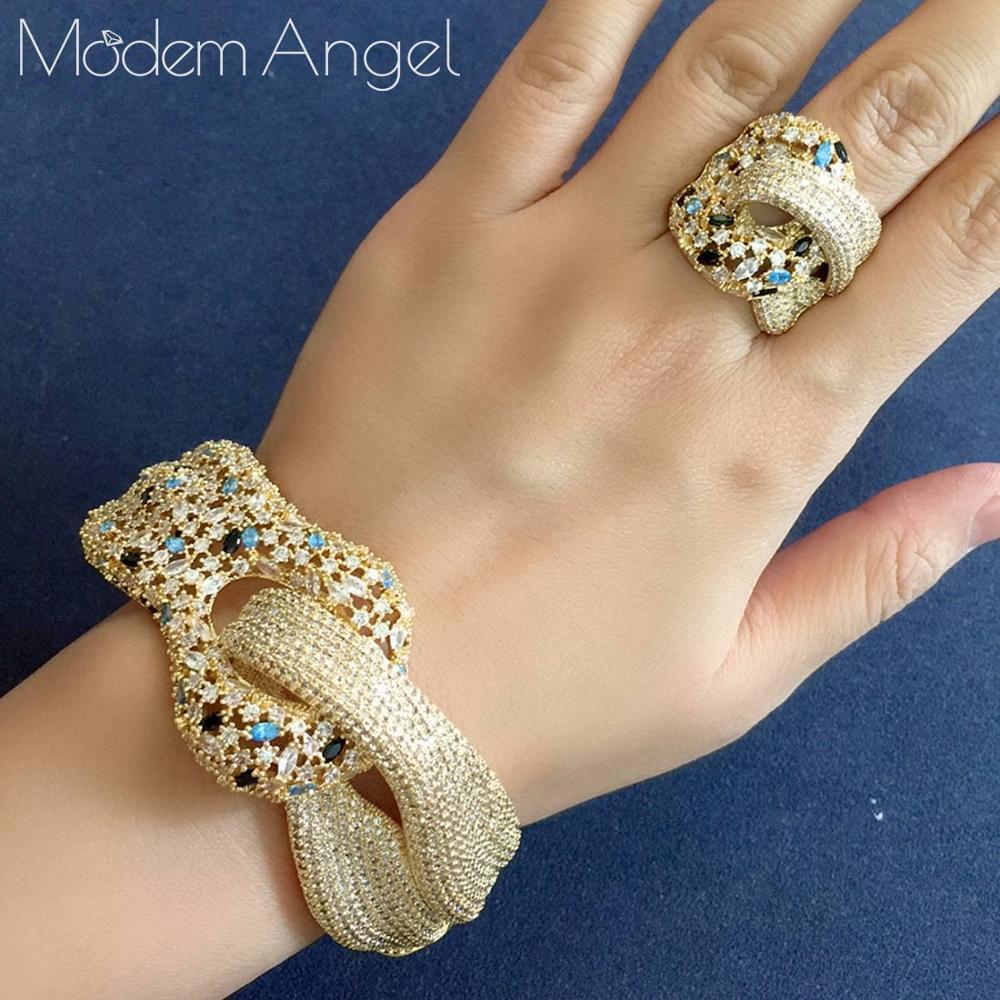 ModemAngel nouvelle marque célèbre de luxe enroulement croix géométrie cubique Zironia CZ ensembles de bijoux femmes mariage mariée bracelet ensemble d'anneaux