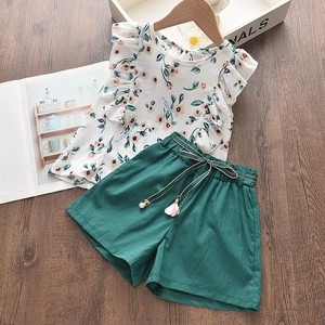 Baby Girl Summer Clothes Short Sleeved Printed Flowear Suit Children Fashion Flying Sleeve Floral Top + Loose Solid Color Shorts