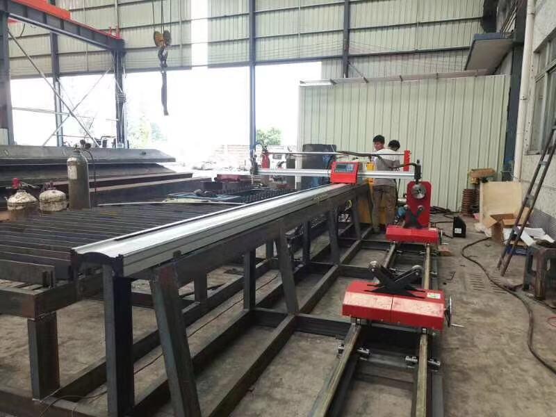 Tragbare typ Plasma Metall Rohr cutter maschine, CNC gas plasma metall rohr schneiden maschine