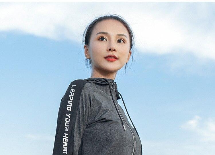 women-sport-long-sleeve_26