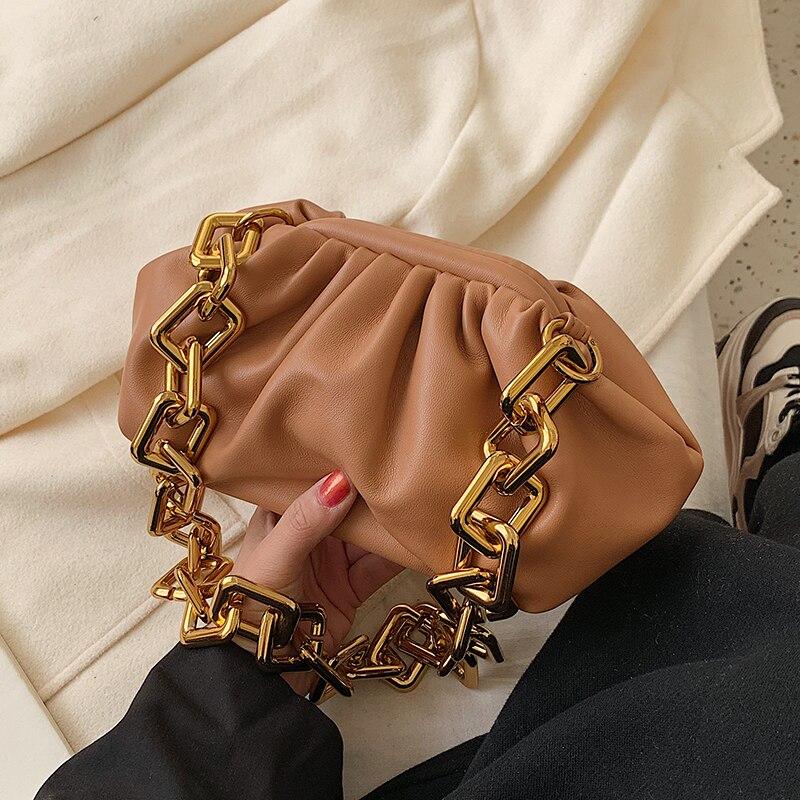 Fashion Big Chains Clip Cloud Women Shoulder Bags Designer Handbags Luxury Pu Leather Shell Female Messenger Bag Lady Purses Sac