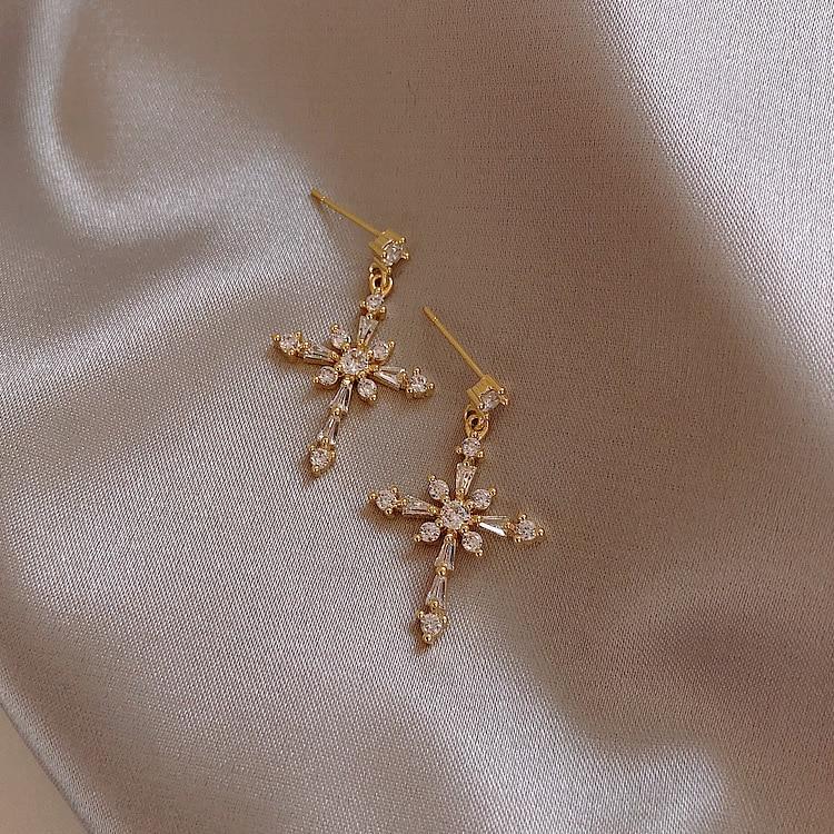 Корейские серьги, модные ювелирные изделия, крупные серьги с крестом, атмосферные длинные серьги-гвоздики для женщин, оптовая продажа