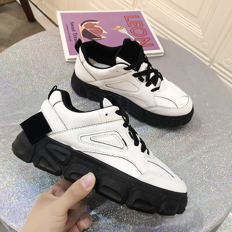 2020 Women Platform Sneakers INS Fashion Ladies Walking Casual Trainers Woman Thick Soled Lace Up Vulcanized Shoes Plus Size