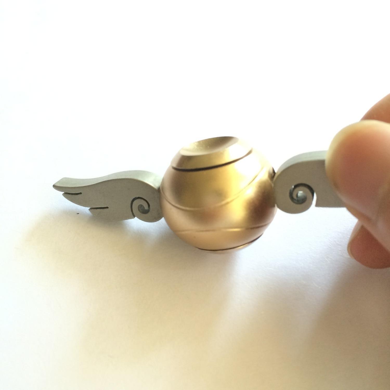 Potter Gold Ball Stand Snitch Hogwart Harried Fan Quaffle Bludger Fidget Spinner Finger Gyro Hand Spinner Decompression Toy