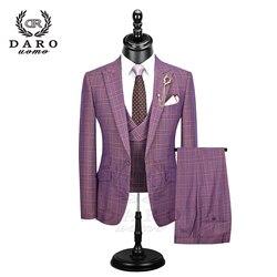 DARO 2019 nuevo traje de hombre 3 piezas Traje a cuadros a la moda ajustado azul púrpura vestido de boda trajes Blazer pantalón y chaleco DR8193
