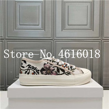 Designer Shoes Women Sneakers Canvas Woman Trainers Embroider Tenis Casual Flower Lace-Up