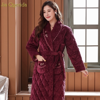 Robe 3 Layer Velvet Fleece Padded Embossing Pattern Home Night Robe Lace Flower Pocket Women Robe Women's Lingerie Dressing Gown