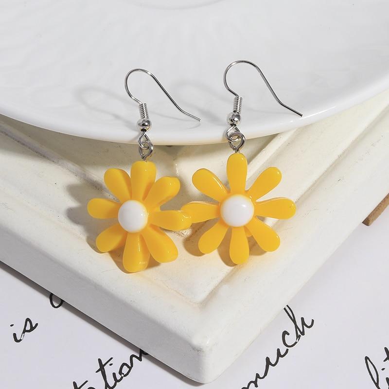 1 Pairs Creative Cartoon Dice Flower Dinosaur Gummy Mini Bear Earrings for Women Cute Candy Color Clouds Dangles Ear Hook Gifts