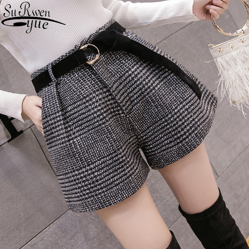 Korean High Waist Plaid Wide Leg Shorts Femme Casual Loose Boots Shorts 2019 New Spring Autumn Wool Shorts Women 6309 50