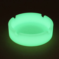 1pcs Glow In The Dark Luminous Silicone Soft Ashtray For Smoking Cigarette Cigar