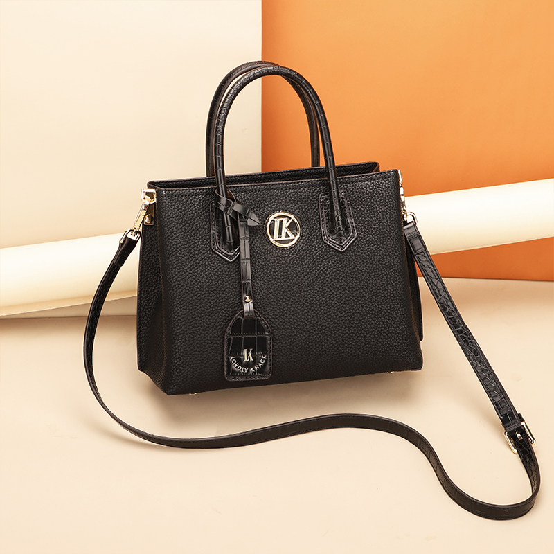 New Fashion Elegant Women Big Capacity Microfiber Leather lock Tote Handbags For Female Design Shoulder Crossbody Bags