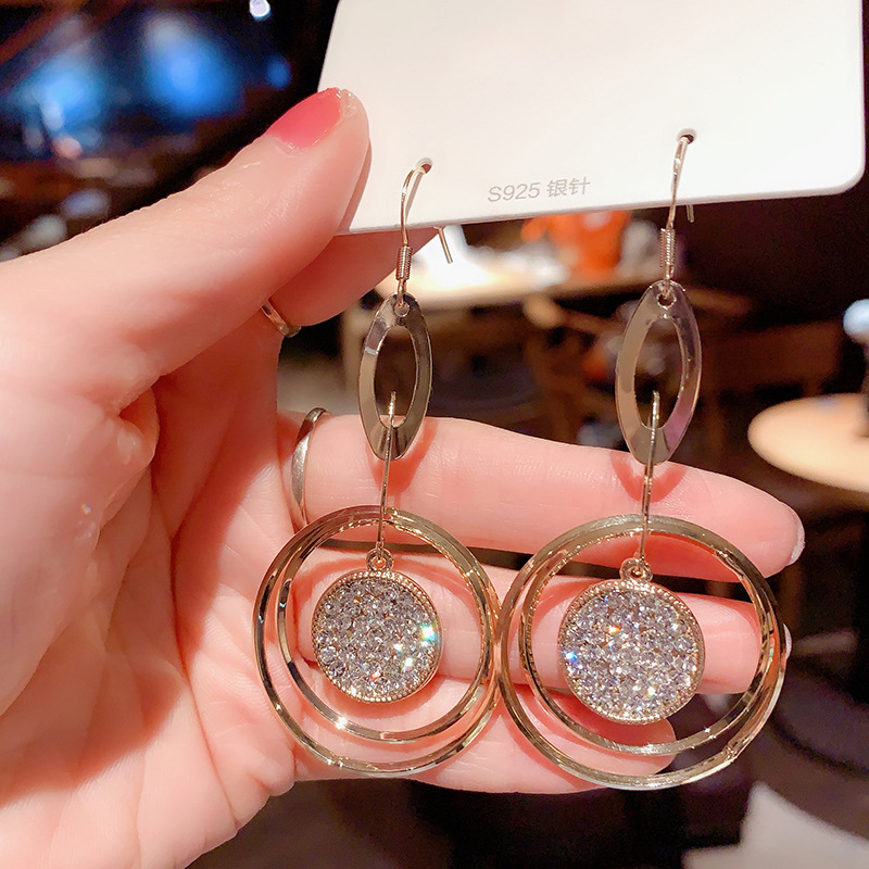 Korean New Fashion Rhinestone Hoop Earrings Shine Crystal Hollow Gold Color Round Circle Earring For Women Wedding Jewelry Gift