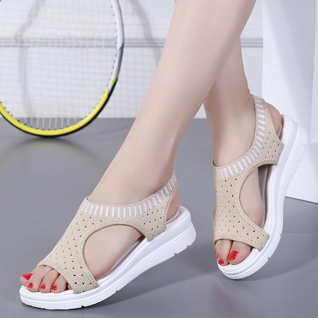 2020 صنادل النساء موضة تنفس الراحة صنادل سيدات أحذية الصيف إسفين أسود أبيض صندل دروبشيبينغ 1