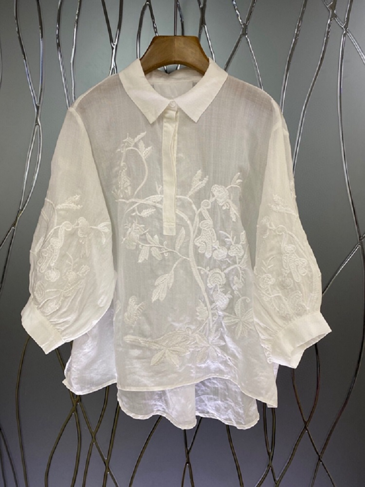 2021 Summer Fashoin Blouses High Quality Women Turn-down Collar Exquisite Embroidery 3/4 Sleeve Casual Loose Tops Shirt White