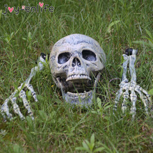 Horror Halloween Party Decoration Plastic Lifelike Skull And Hands For Halloween Haunted House Graveyard Cosplay DIY Home Garden цена