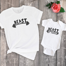 цена Beast & Beast In Training Shirt Father and Son Matching Tshirt 2020 Father's Day Baby Family Matching Clothes Father & Son онлайн в 2017 году