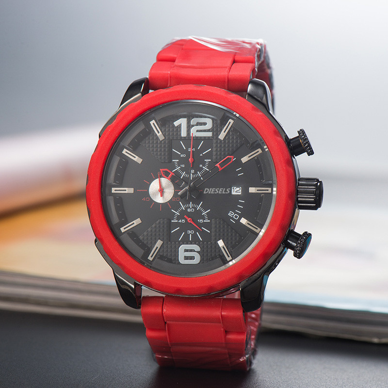 2019 High Quality DIESELS Brand quartz wrist Watch for Men Multifunction style stainless steel Calendar Date Watches Small dials