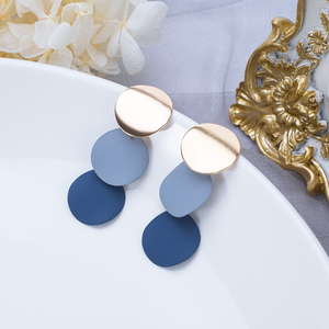 VCORM новые корейские акриловые серьги в форме сердца для женщин винтажные массивные синие круглые Висячие серьги геометрической формы 2020 юв...