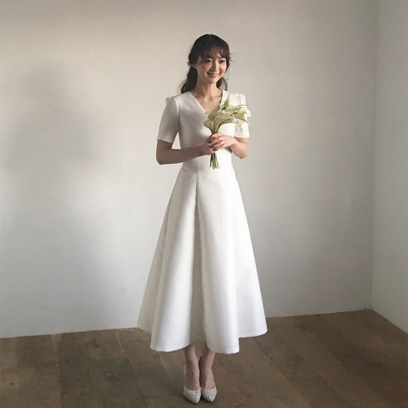 2019 New Style V-neck Satin Simple Slim Fit Marriage Short-height Banquet Formal Dress Trip Shoot Light Wedding Dress Women's Mi