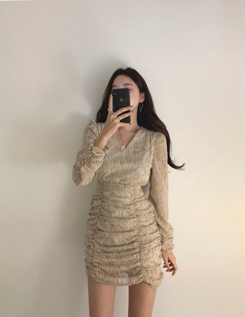 Hc9c08ee507b24fb490b91106193d0804K - Autumn V-Neck Long Sleeves Chiffon Pleated Floral Print Mini Dress