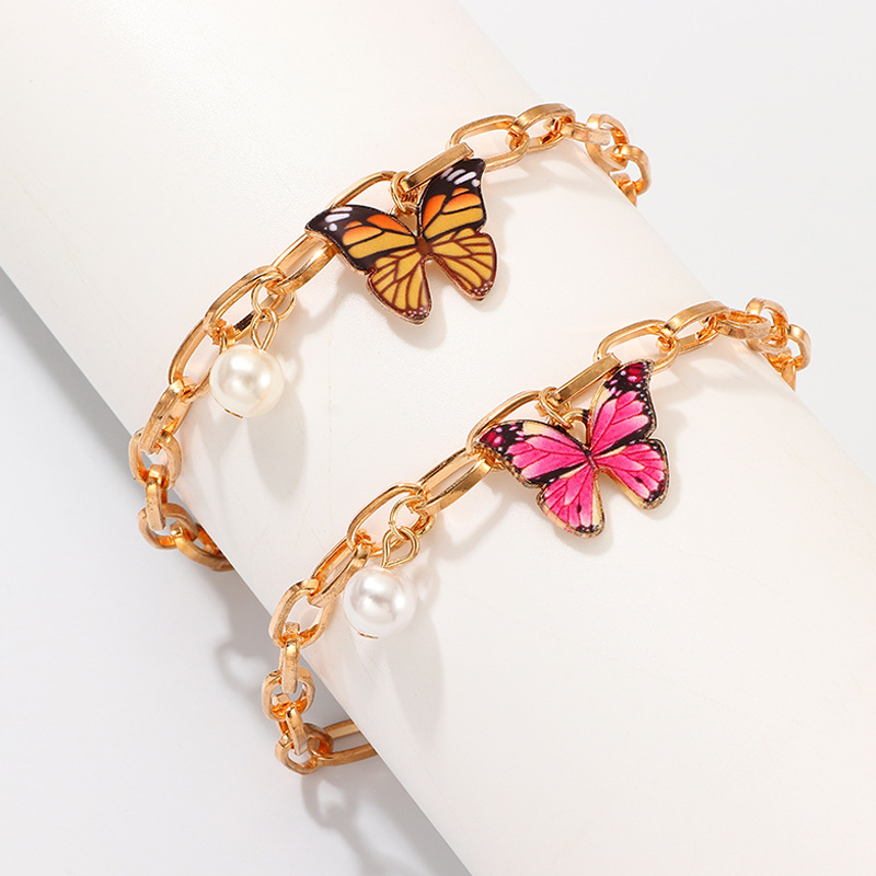 Купить с кэшбэком Latest Design Girls Alloy Bangles Adjustable Colorful Butterfly Pendant Pearl Charm Gold Chain Bracelet Jewelry For Women
