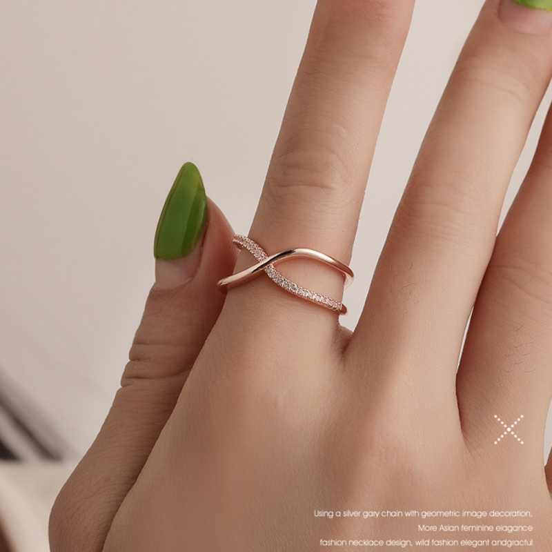 Romanzo Anello delle Donne di Tendenza di Design Asimmetrico X Anello Stile Europeo E Americano Squisito Bella Croce Anello