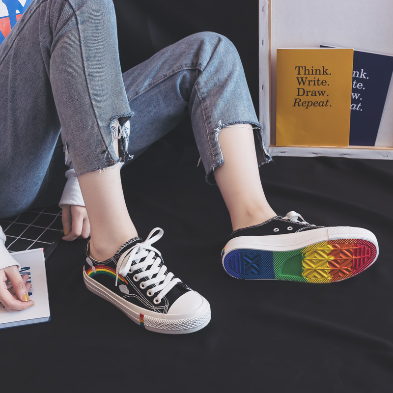 Rainbow Canvas Women Shoes 2019 New Fashion Shoes Leisure Board Shoes Retro Wild Low-top Breathable Casual Shoes Women Sneakers 2
