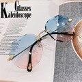 Модные градиентные солнцезащитные очки для женщин, роскошные брендовые дизайнерские солнцезащитные очки без оправы, синие розовые очки с о...