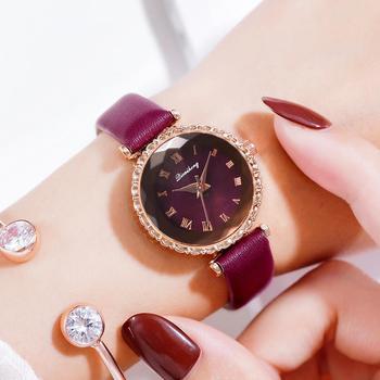 цена Genuine Leather Strap Women Watches Luxury Ore Glass Dial Alloy Buckle Ladies Wrist Watch Roman Clock Quartz Watch Montre femme онлайн в 2017 году