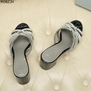 Image 4 - Sandales dété de luxe G pour femmes, chaussures dété à semelles en cuir véritable noire, sandales à strass, chaussures de styliste 2019