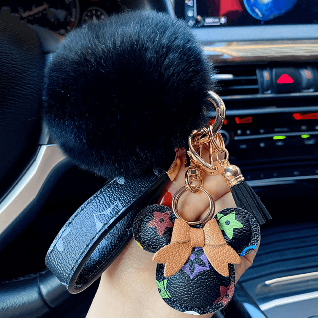 Original Cartoon Kawaii Keychain Cute Bag Pendant Fashion Couples Accessories Personality Car Plush Keychain