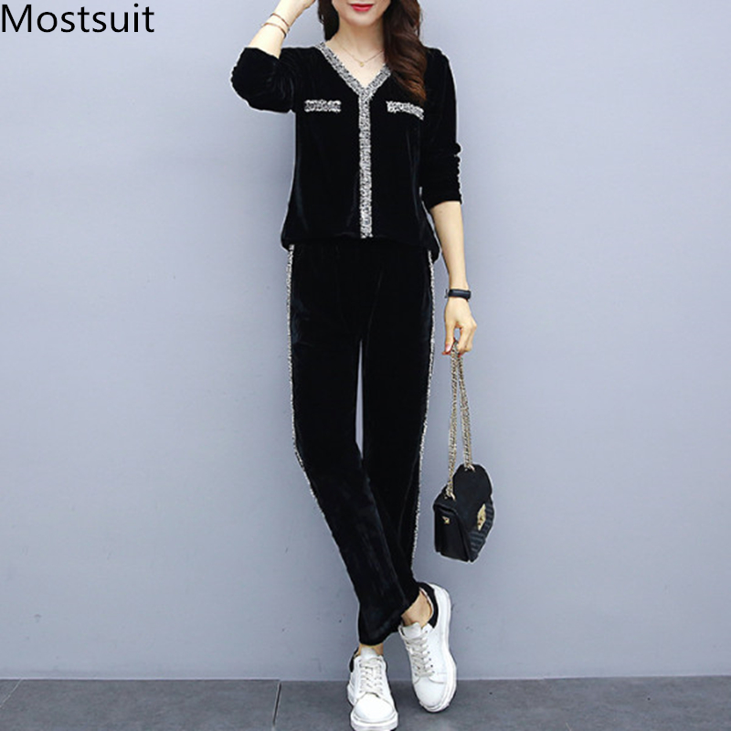 2019 Black Velvet Two Piece Sets Outfits Women Plus Size V-neck Tops And Pants Suits Korean Casual Fashion Sport Tracksuits Sets 23
