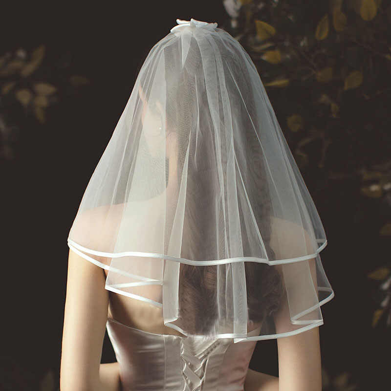 Koreanischen stil Bogen Hochzeit Schleier Kurze Tüll-Band-Rand Braut Schleier Zwei Schicht Elfenbein Weiß Schulter Länge Braut Schleier