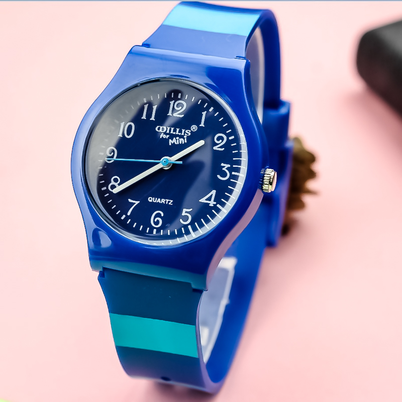 New Fashion Unisex Simple Dial Quartz Watch Children Blue Strap Silicone Wristwatch Woman Men Waterproof High Quality Gift Clock
