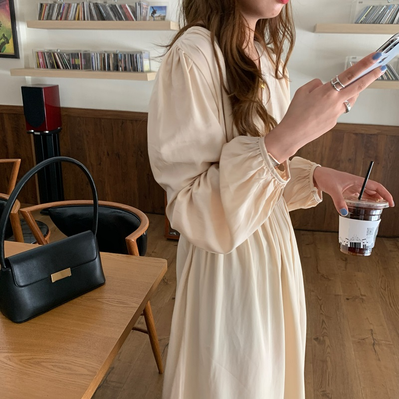 Hc9efcc3eebf04c2b9a92e3f1402e1511J - Autumn V-neck Long Sleeves Pleated Waist-Controlled Solid Loose Dress