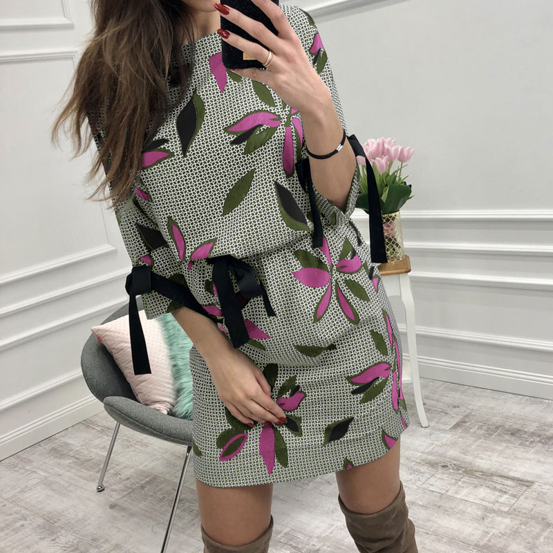 2019 Autumn Women Casual Printed Mini Dress Women Bow O-neck Half Sleeve Fashion Christmas Party Dresses Vestidos