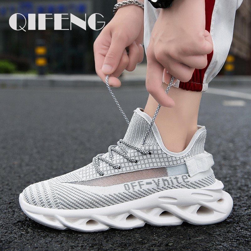 Running Casual Shoes Men Large Size Spring  Men's Breathable Sneaker Summer Mesh Sport Shoe Off White Male Footwear Lighted EVA