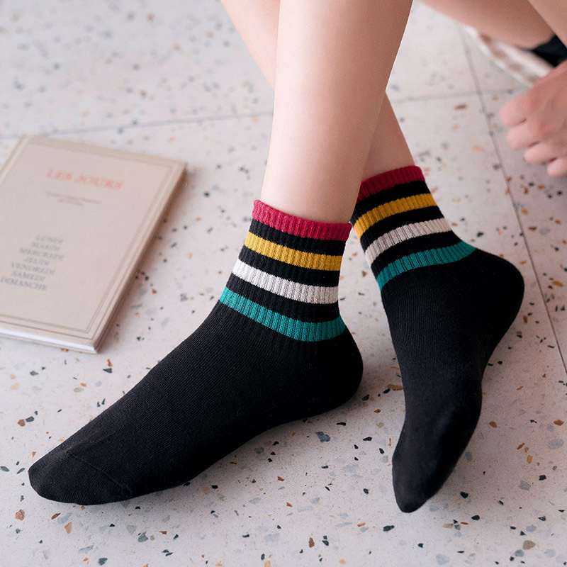 Women's Fashion Cotton Socks Fashion New Elastic Cotton Color Comfortable Striped Color Casual Deodorant Long Socks Women