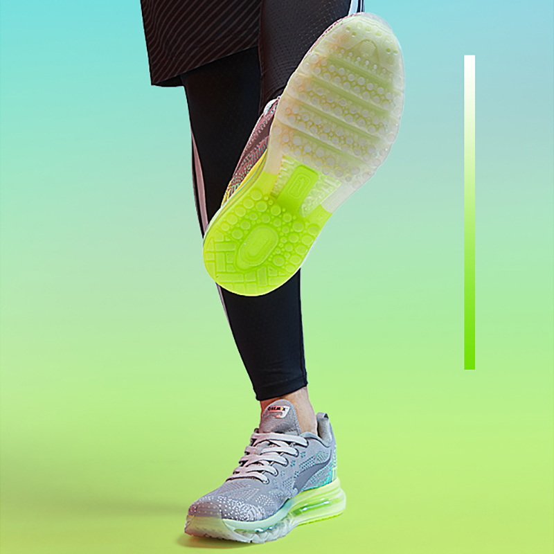 Купить с кэшбэком ONEMIX Men's Sport Running Shoes Music Rhythm Men's Sneakers Breathable Mesh Outdoor Athletic Shoe Light Male Shoe Size EU 39-47