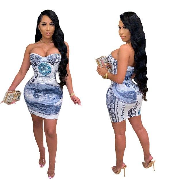 Фото женское мини платье с открытыми плечами сексуальное облегающее