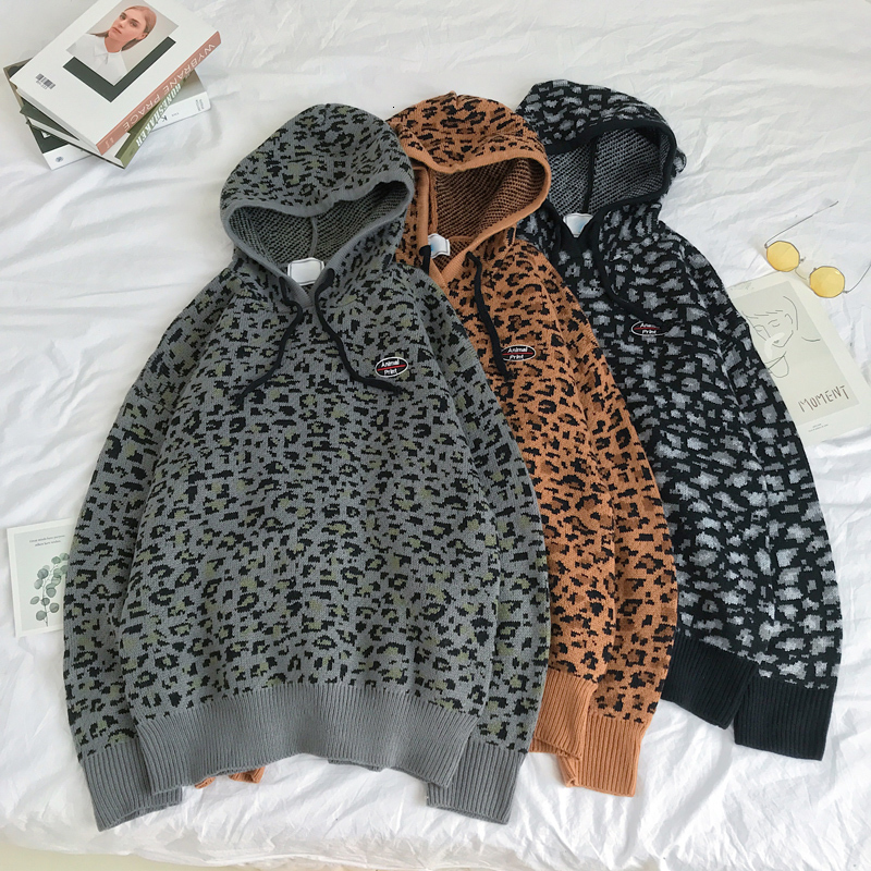 Winter Leopard Sweater Men Warm Fashion Print Casual Hooded Sweaters Man Sweter Clothes Loose Long-sleeved Pullover Men M-2XL