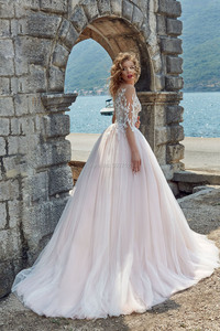 Image 2 - Pink Wedding Dresses Scoop Long Sleeves Lace Appliques A Line Open Back Sweep Train Wedding Bridal Gown Vestidos De Noiva