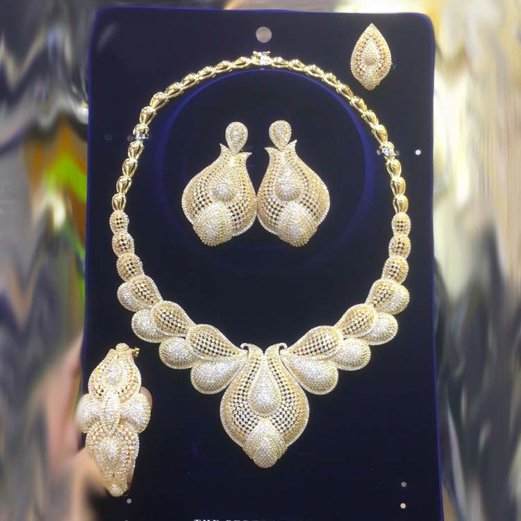 Dazz 4pc Brand Flower Leaf luxury <font><b>Nigeria</b></font> Big <font><b>jewelry</b></font> <font><b>Set</b></font> <font><b>Women's</b></font> Cubic Zircon Dubai Wedding Bridal Gold Color <font><b>Jewelry</b></font> <font><b>Sets</b></font> 2019 image
