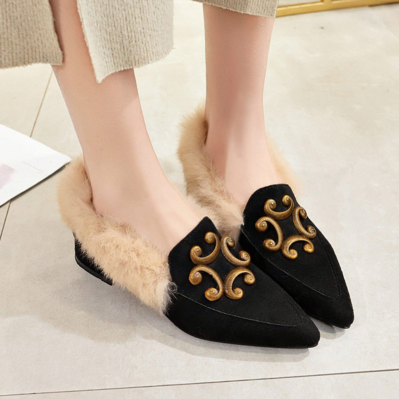 Mao Mao shoes women 2018 new autumn net red student fairy Doudou shoes Korean version of Joker low heel pointed boots 80