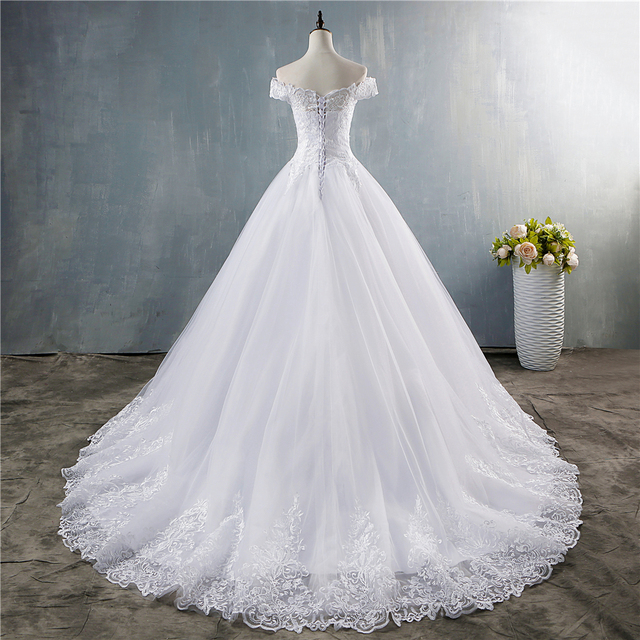 ZJ8150 ZJ9150 2019 2020 new White Ivory Off the Shoulder Wedding Dresses for brides Bottom Lace Big Train with lace edge 4