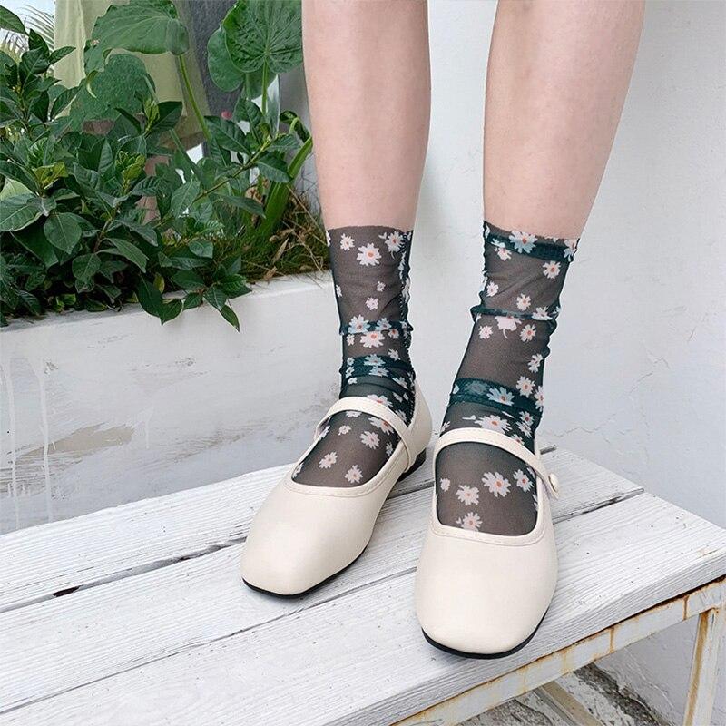 Korean Daisy Tulle Socks Women Thin Mesh Flower Long Socks Chiffon Funny Socks Femme Summer Streetwear Dress Calcetines Mujer