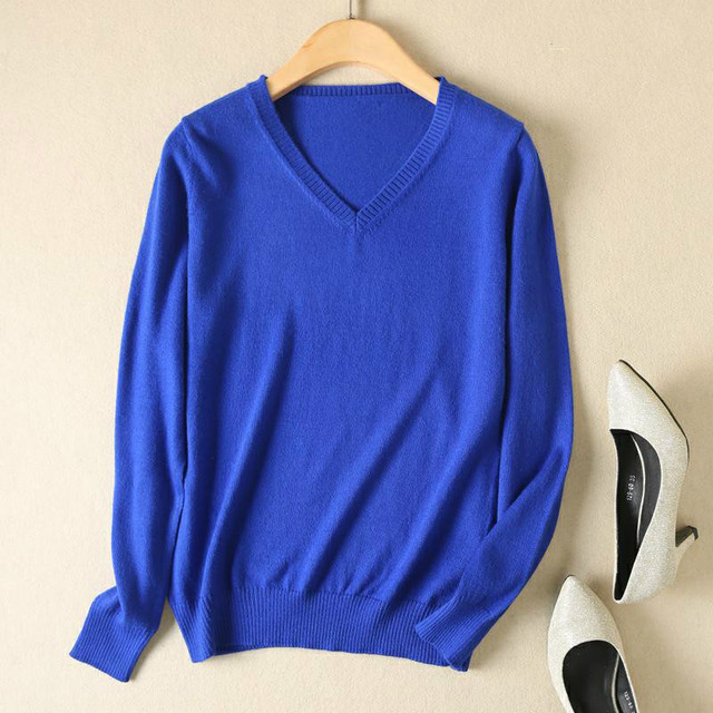 Long Sleeve V-neck Knitted Cashmere Sweater 4