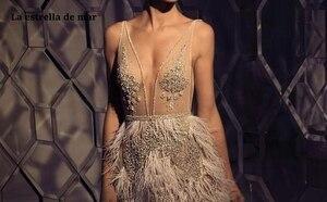 Image 2 - Vestidos דה coctel חדש תחרה חרוזים נוצה סקסי V צוואר שנהב קוקטייל שמלות מיני sukienka koktajlowa מתקדם מותאם אישית