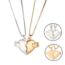 2Pcs Magnetic Couple Necklace Lovers Break Heart Pendant Long Distance Relationship Charm Necklace Women Valentine's Day Gift